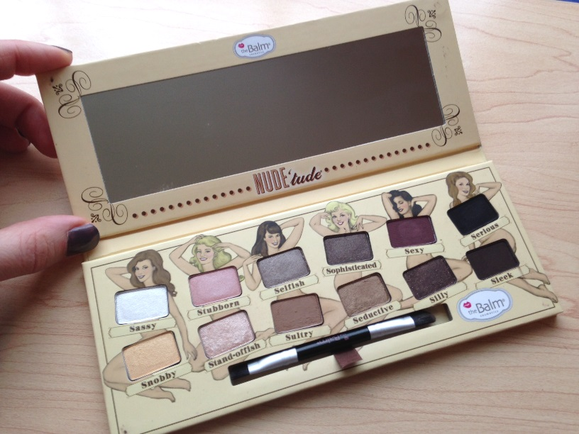 theBalm Nude Eyeshadow Palette Review 2